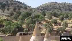 معبد لالش الإيزيدي