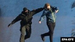 Задержание на протесте в Беларуси