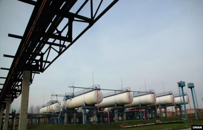 Нафтаперапрацоўчы завод