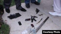 Часть конфискованного оружия. Фотография Гагика Шамшяна.