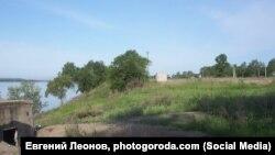 Берег реки Амур возле села Поярково