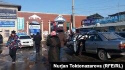 """""""Дордой"""" базары. Бишкек, 26-январь, 2017-жыл."""