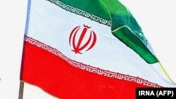 د ایران ملي بیرغ
