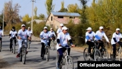Ысык-Көлдөгү веложүрүштүн катышуучулары