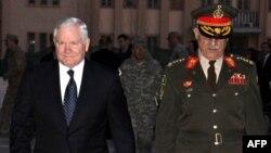 Министр обороны США Роберт Гейтс в ходе недавнего визита в Кабул