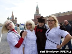 HIV-positive people demonstrate on Red Square in Moscow in an attempt to draw attention to the issue of AIDS in Russia (file photo)