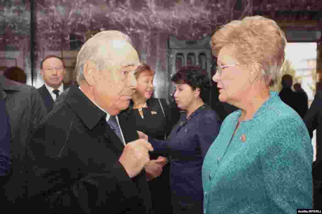 Государственный советник РТ Минтимер Шаймиев и вице-спикер Госсовета РТ Татьяна Ларионова