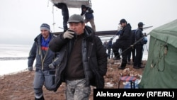 Режиссер сериала «Казах ели» Рустем Абдрашев на съемочной площадке. Алматинская область, 4 ноября 2015 года.