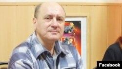 Павел Манжос, журналист.