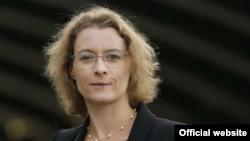 Ізабель Дюмон (фото з сайту посольства)