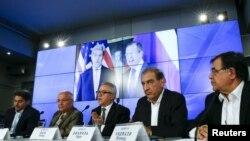 Membri ai opoziției siriene la dezbaterile de la Viena