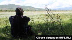 В условиях, когда ни государство, ни общество не готовы к частной собственности в сфере землепользования, форсировать земельную реформу ни к чему – вместо преобразования можно получить вал имущественных или даже социальных конфликтов