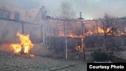 Фотографии од Манастирскиот комплекс Трескавец кој беше зафатен од пожар.