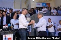 Dan Barna și Dacian Cioloș după alegerile europarlamentare, 26 mai 2019