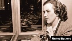 Надине Покровски, БМО тәрҗемәчесе, 1948 ел