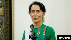 AI: Аун Сан Су Чжі «не використала політичний і моральний авторитет» для припинення геноциду мусульманської меншини рохінджа