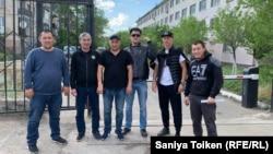 Освободившиеся из ИВС отдела полиции города Шахтинска. 13 июня 2019 года.