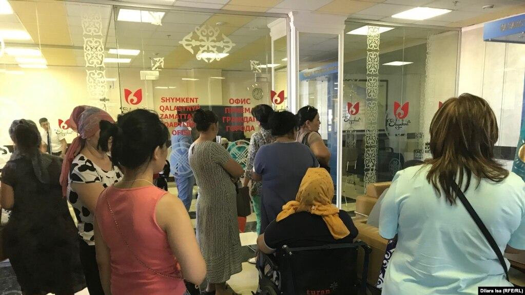 21 тысяч на ребенка: пособие получали граждане, имеющие трехэтажные коттеджи, - Б. Сапарбаев