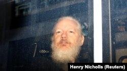 Julian Assange pas arrestimit