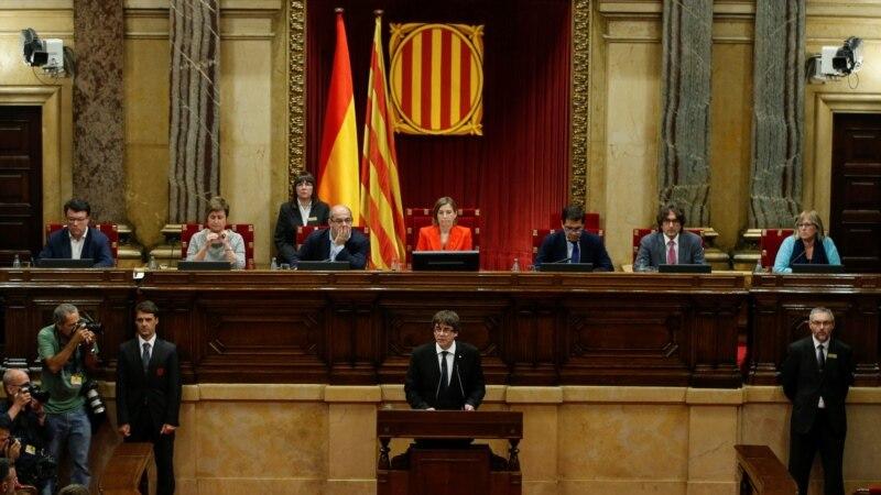 Пучдемон предложи да се почека со независноста на Каталонија