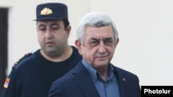 Armenia -- Former President Serzh Sarkisian arrives at a courtroom in Yerevan, February 25, 2020.