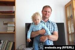 Андрэй Шарэнда з сынам Стахам