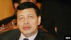 اندونزی بزرگترین کشور مسلمان جهان است و به همین دلیل برخی گروه های سیاسی این کشور از حمایت جاکارتا از قطعنامه جدید علیه ایران انتقاد کرده اند.
