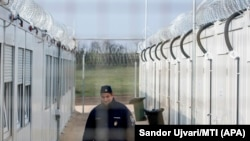 Tranzitna zona Roszke u Mađarskoj u koju smeštane izbeglice, zatvorena je nakon presude Evropskog suda pravde