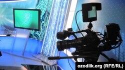 """""""Пирамида"""" телеканалы 1991-жылы Кыргызстандагы алгачкы эгемен телеканал болуп түзүлгөн."""
