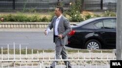 Архивска фотографија од поранешниот премиер Никола Груевски пред Основен суд Скопје 1.