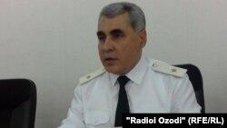 Генерал Шариф Назарзода ҳангоми сӯҳбат бо хабарнигорон. 11 августи 2015