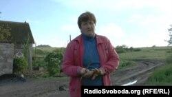 Женщина говорит, что молодежь уезжает из села