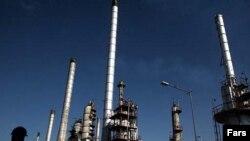 پالایشگاه نفت در تهران