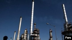 A Tehran oil refinery