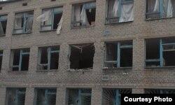 Попадания в школу № 2, Авдеевка, 26 января 2015 года