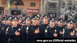 Нова поліція складає присягу у Львові, 23 серпня 2015 року. Всі фото: mvs.gov.ua