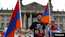 Бундестаг принял резолюцию о признании геноцида армян 1915 года
