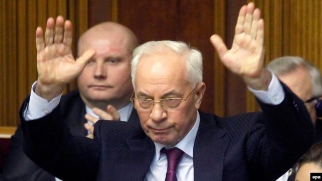 Николай Азаров Украинаның премьер-министрі  кезінде парламентте тұр.Киев, 3 желтоқсан 2013 жыл.