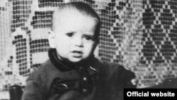 Vili Goldiș copilul de trei ani mort în cursul deportării (Expoziția online Yad Vashem)