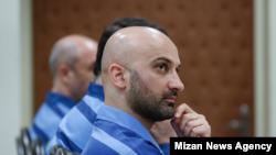 Yasser Ziyaee, former deputy at the Sarmayeh Bank during his trial in Tehran. Undated