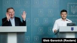 Леонид Кучма и президент Украины Владимир Зеленский