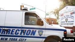 Возилото со кое Кан беше префрлен на Менхетен