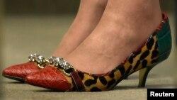 Un premieru cu gust pentru pantofi...
