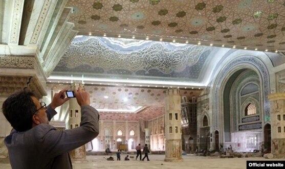 Revamped Khomeini Shrine Shocks Even His Fans