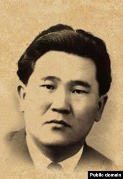 Султан Ибраимов.
