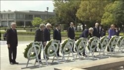 Hirošima: Keri položio venac za žrtve napada
