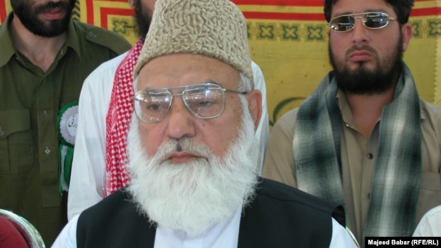 Qazi Husain Ahmad (file photo)
