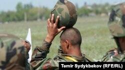 Военнослужащий в Кыргызстане. Иллюстративное фото.