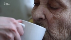 «Хочу танцювати». Один незвичний день в будинку для літніх людей (відео)