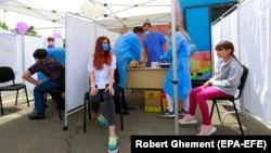 În prima zi de vaccinare, cei mai mulți copii s-au vaccinat în București.